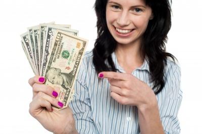 women saving money
