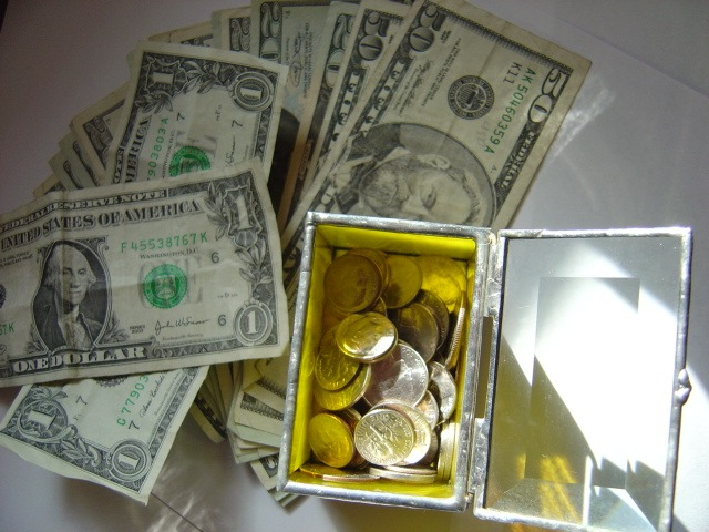 getting rich, watching your money grow